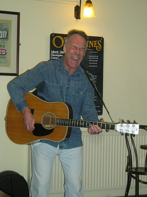 Ray Hearne - songs delivered with real passion!
